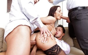 Cindy Dollar is lustful floozy so men easily can double penetrate her